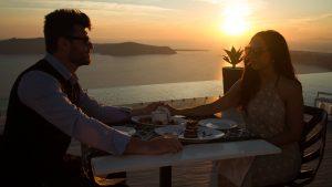 Le Moustache Restaurant Santorini 14