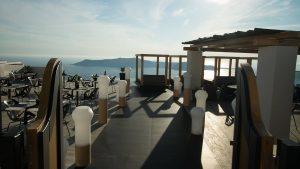 Le Moustache Restaurant Santorini 8